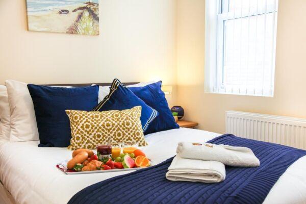 Navy Bedroom King Bed