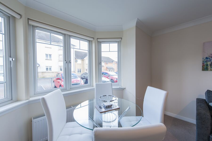 Kestrel Way Apartment - Dunfermline, Fife