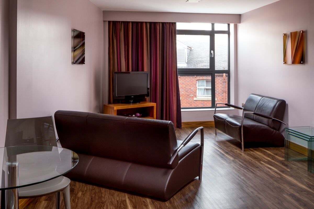 Leeds City Apartments in Leeds, Lounge