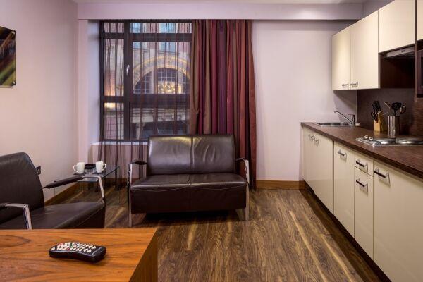 Leeds City Apartments in Leeds, Kitchen & Lounge