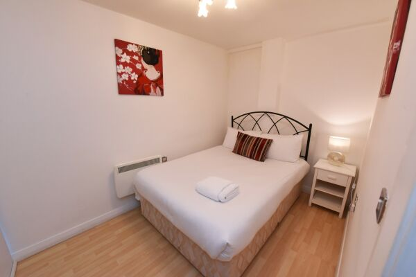 Bedroom, City Centre Apartments (D), Manchester