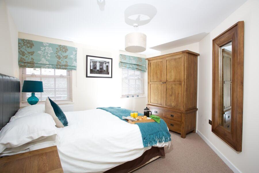 Suffolk Road Apartments - Cheltenham, United Kingdom