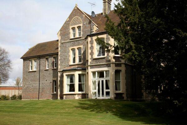 Sherborne House - Basingstoke, United Kingdom
