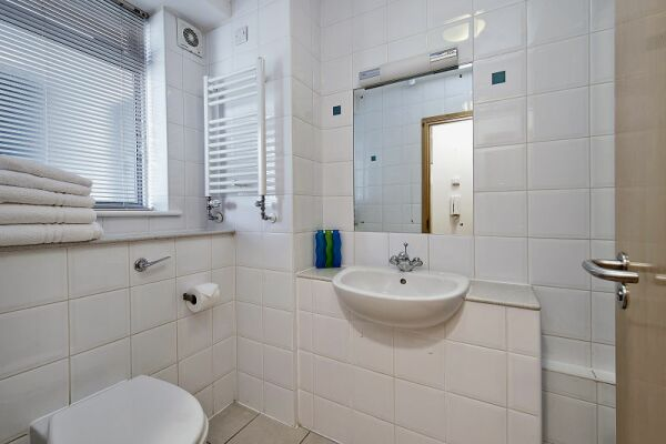 Bathroom, 6 - 8 St Christophers Place Serviced Apartments, London
