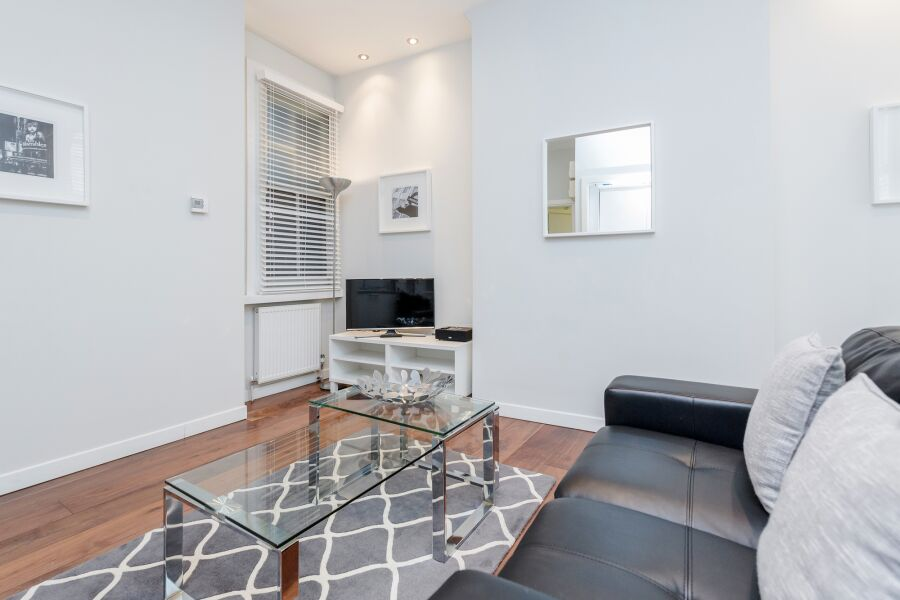 Sterling House Apartment - Chancery Lane, The City
