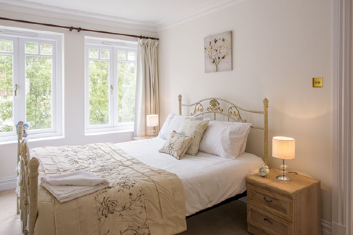 Bedroom, Richmond Bridge Serviced Apartment, London
