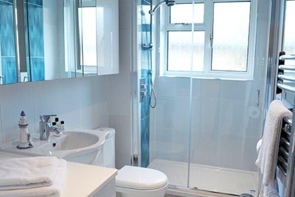 Bathroom, Lichfield Gardens Apartment, Richmond