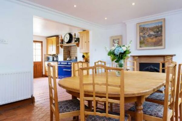 Englefield Road Apartment - Islington, North London