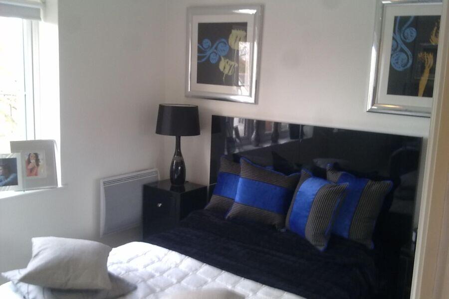 Floyer Close Apartment - Richmond, West London