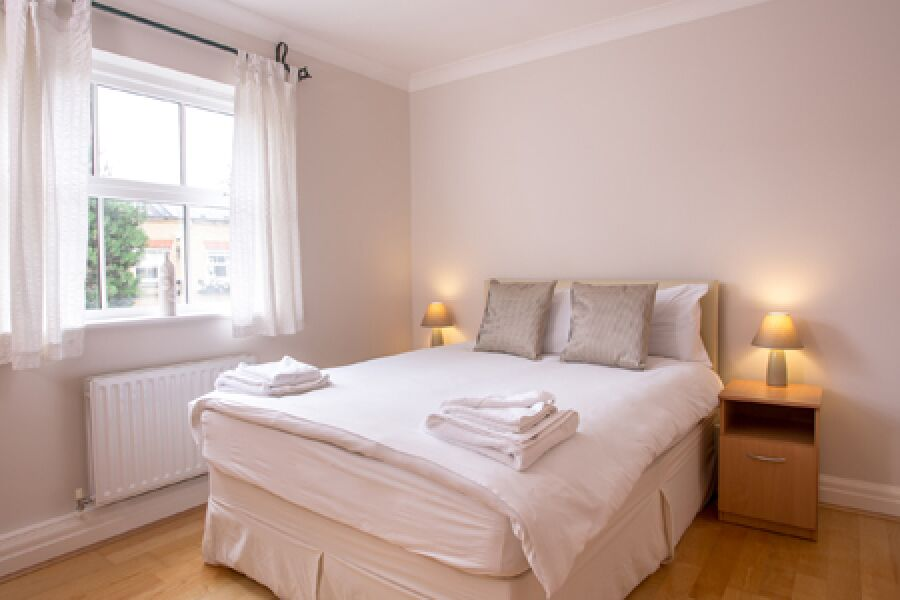 Layton Place Apartments - Kew, West London