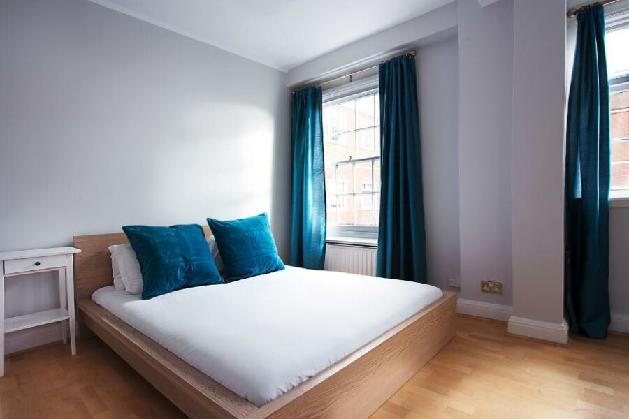 Finchley Road Apartment - St. Johns Wood, North London