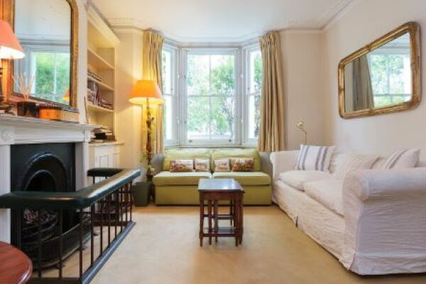 Campana Road Apartment - Fulham, West London