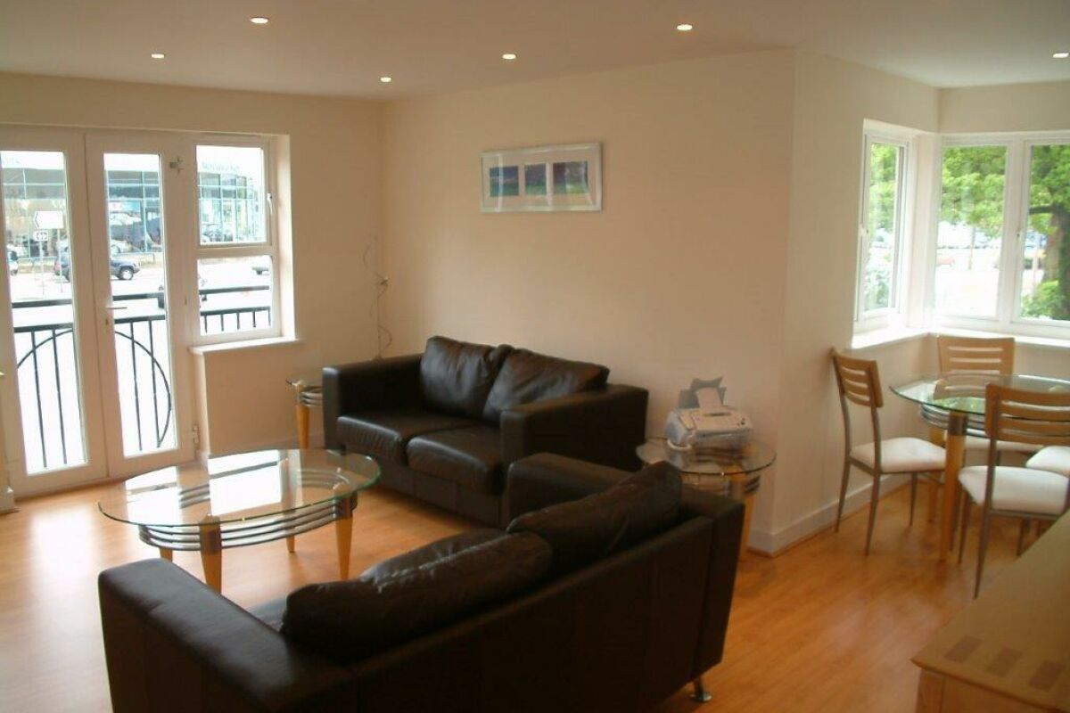 Living Area, Elmcroft Serviced Apartments, Crawley