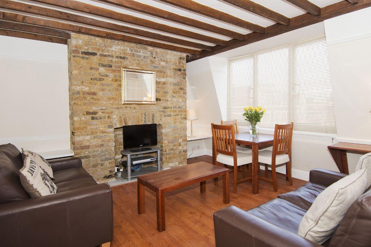 Living Area, Maybury Court Serviced Apartment, Marylebone
