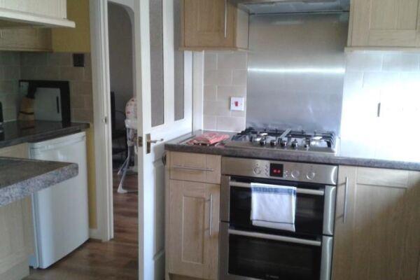 Kitchen, Maidenbower  Serviced Apartments, Crawley