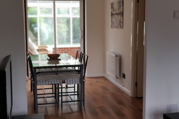 Maidenbower House Accommodation - Crawley, West Sussex