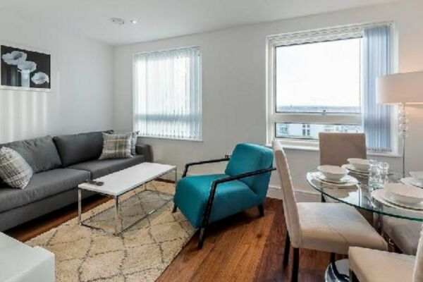 Living Area, Lincoln Plaza Serviced Apartments, Canary Wharf