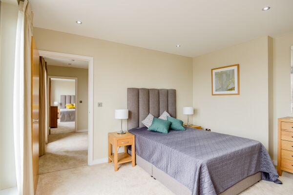 Bedroom, Stamford Street Serviced Apartments, Lambeth