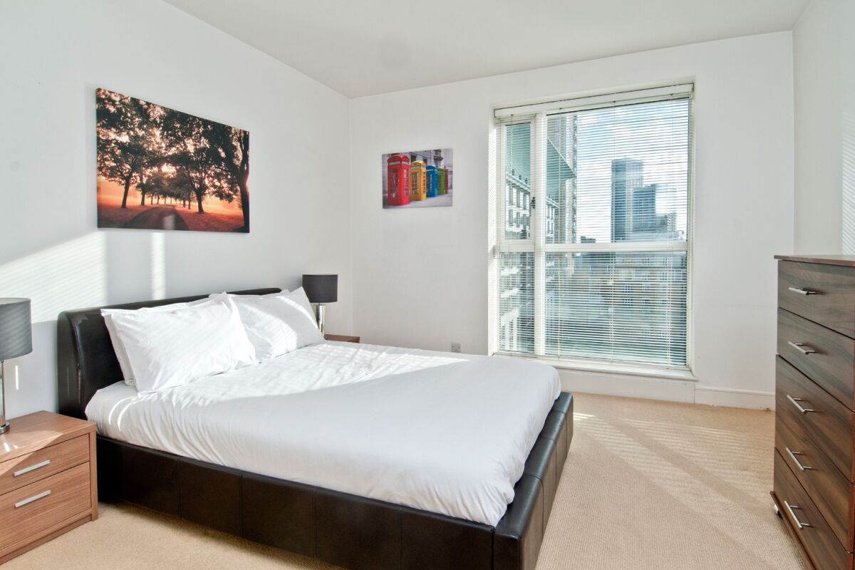 Bedroom, Canary Riverside Serviced Apartments, Canary Wharf, London