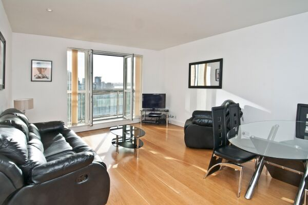 Living Room, Canary Riverside Serviced Apartments, Canary Wharf, London