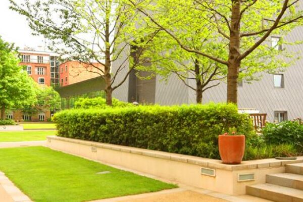 Canary Riverside Serviced Apartment Courtyard, Canary Wharf, London