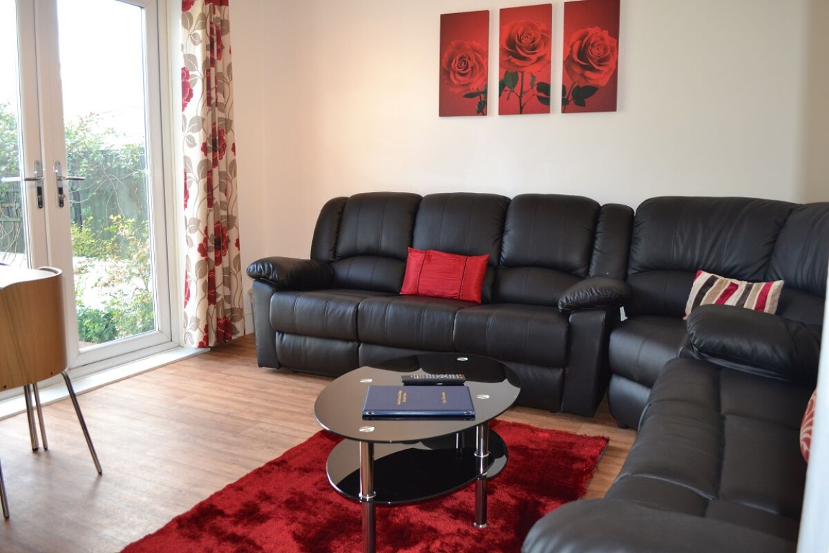 Living Area, Fourth Avenue House Serviced Accommodation, Bristol