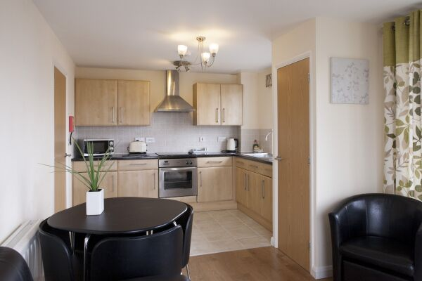 Kitchen, Cheltenham Plaza Serviced Apartments, Cheltenham