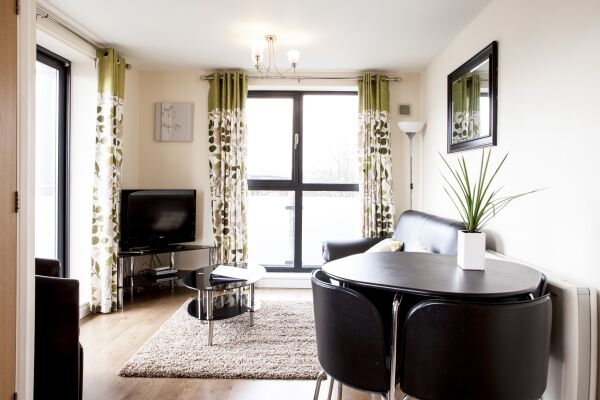 Dining Area, Cheltenham Plaza Serviced Apartments, Cheltenham