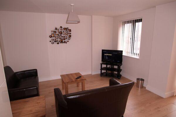 Living Area, Crompton House Serviced Apartments, High Barnet