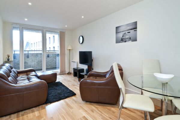Living Room, Great Suffolk Street Serviced Apartments, Southwark, London