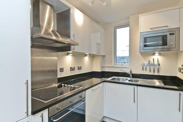 Kitchen, Great Suffolk Street Serviced Apartments, Southwark, London