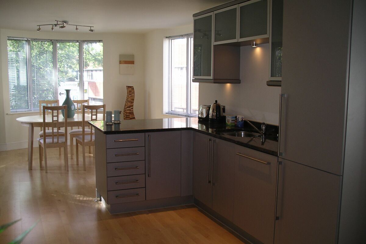 Kitchen and Dining Area, St Nicholas Court Serviced Apartments, Ipswich