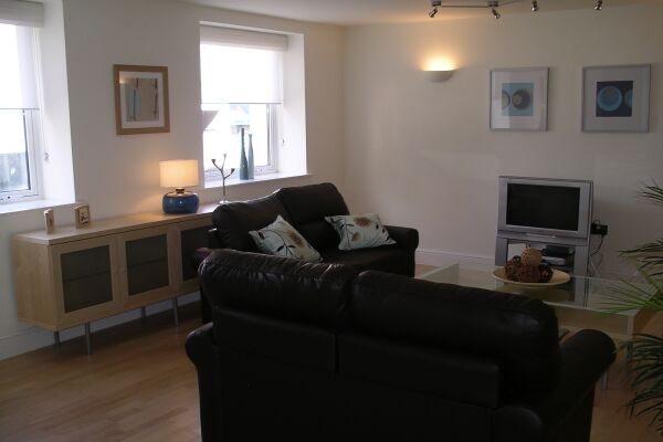 Living Area, St Nicholas Court Serviced Apartments, Ipswich