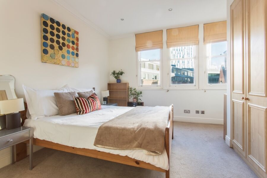 Astral Accommodation - Liverpool Street, The City