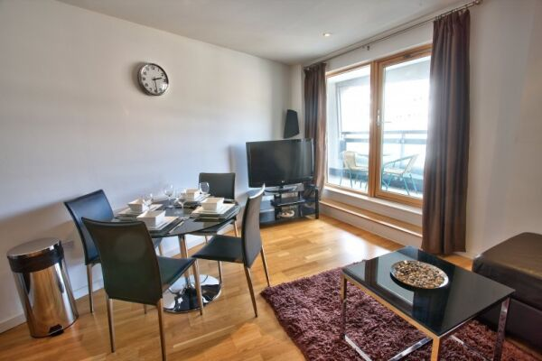 The Gateway Serviced Apartments in Leeds, Living Area