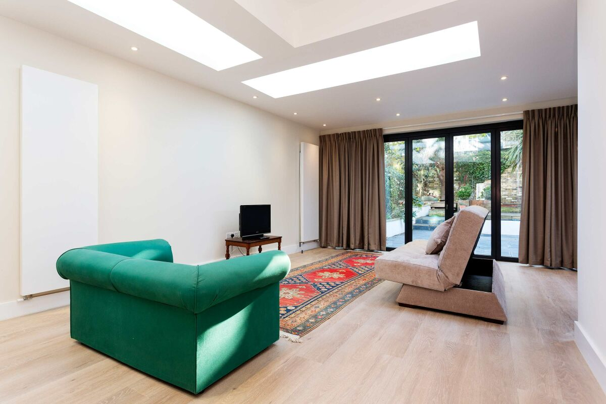 Living Area, Thornhill Mews Serviced Apartment, East Putney, London
