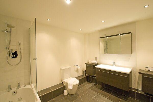 Bathroom, Camden Road Serviced Apartments, London