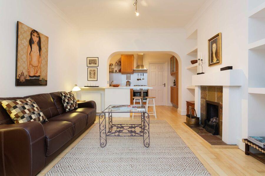 Westbourne Terrace Apartment