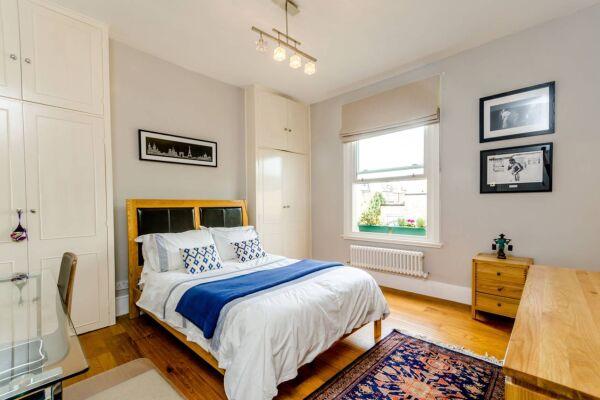 Fulham Road Apartment - Fulham, West London