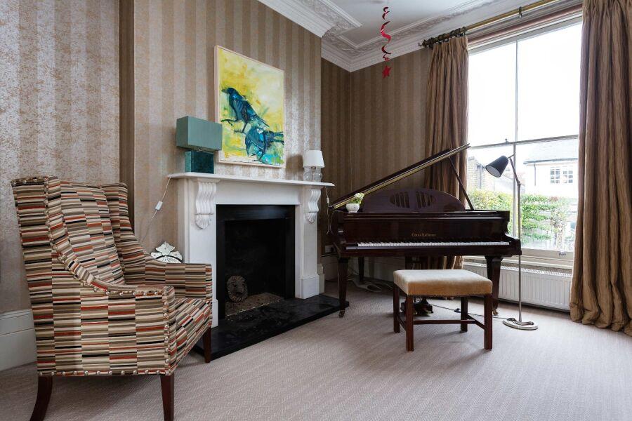 Salcott Road Apartment - Clapham, South West London