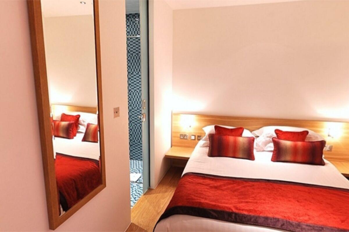 Bedroom, Bermondsey Street Serviced Apartments, London
