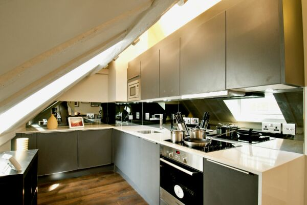 Kitchen, College Hill Serviced Apartments, The City of London