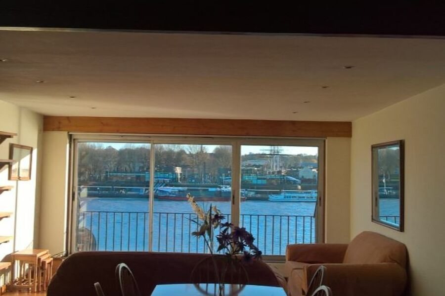 Ferry Street Apartment - Isle of Dogs, East London