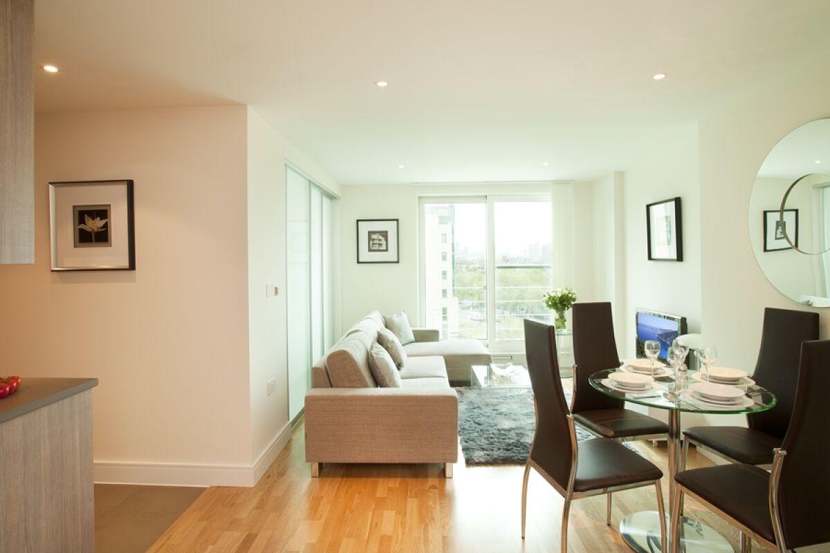 Living Area, St George Wharf Service Apartments, Vauxhall, London