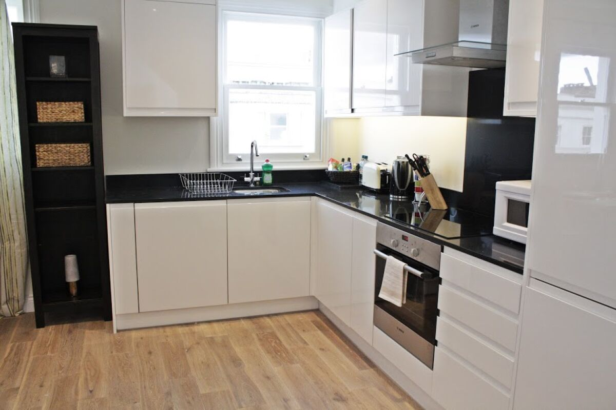 Kitchen, Ladbroke Grove Serviced Apartments, Notting Hill, London