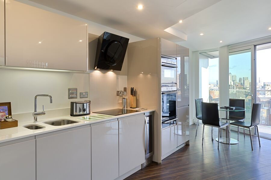 Altitude Apartments (SA) - Aldgate, The City