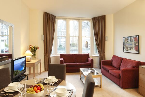 Dining Area, Cathedral Road Serviced Apartments, Cardiff