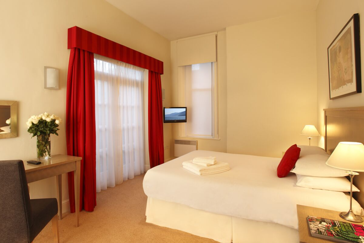 Bedroom, Cathedral Road Serviced Apartments, Cardiff