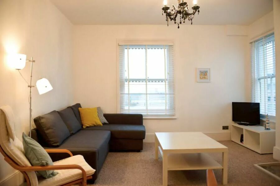 Heene Road Apartment - Worthing, United Kingdom