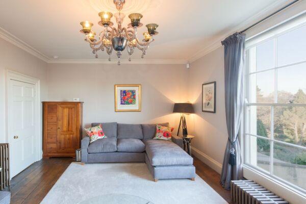 Living Area, Ainslie's Belvedere Serviced Accommodation, Bath